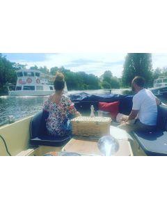 Private Picnic Boat Hire